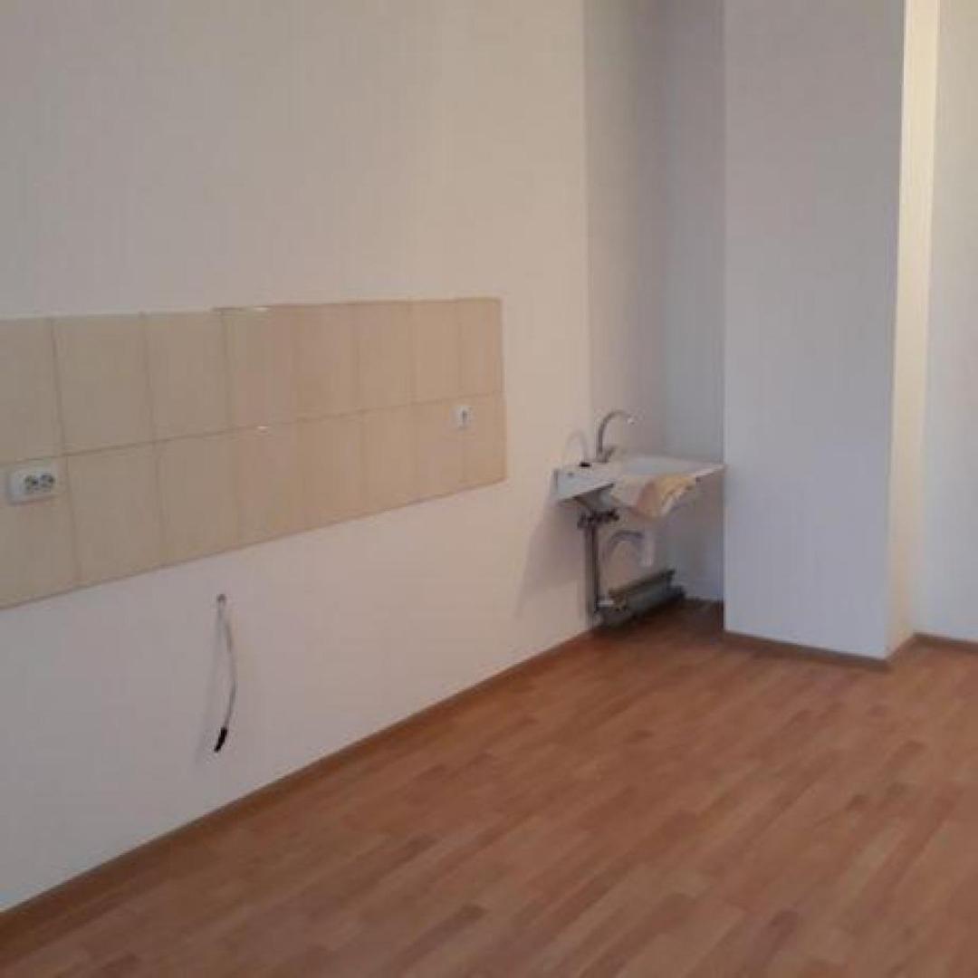 продажа трехкомнатной квартиры номер A-149536 в Суворовском районе, фото номер 6